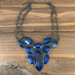 GORGEOUS CHUNK NECKLACE